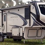 The Montana 331RL – Check out that interior!